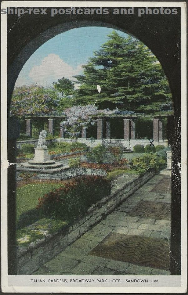 Sandown, Broadway Park Hotel, Italian Gardens postcard